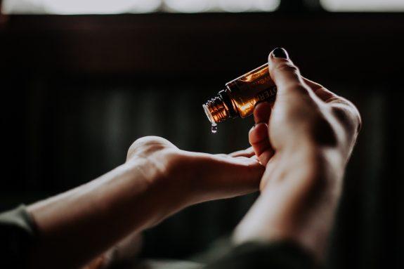 naturalne olejki na czystą cerę
